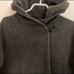 THE NORTH FACE BLACK HOODIE WITH TOGGLE CLOSURE -M